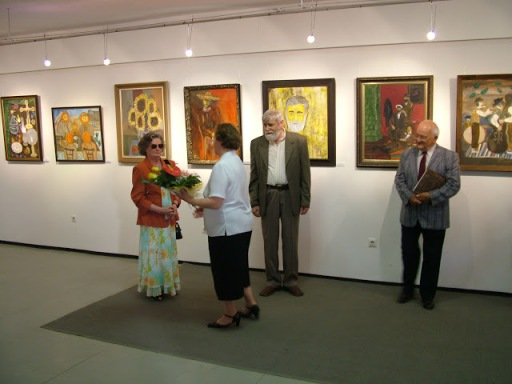 Exhibition of Anataz Fedinecz from 2008. Source: https://picasaweb.google.com/ruszinok/HatvaniKiLlTSFedineczAtanZ